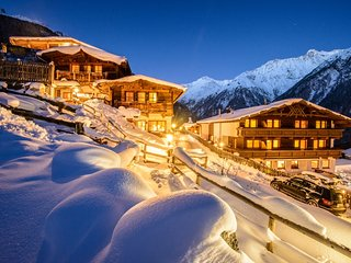 Grünwald Resort Sölden - Chalet Brunnenkogl for 8 person with private sauna