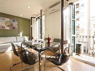 Gaudi Sagrada apartment in Eixample Dreta {#has_l…, Barcelona