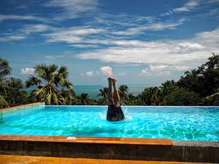 Two-bed Bungalow Ocean View on Top 10 best beach, Ko Pha Ngan