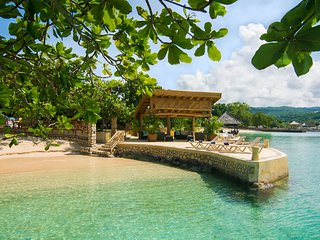 Keela Wee - Discovery Bay 4BR, Runaway Bay