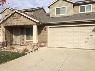 Beautiful twin home with two car attached garage in Southeast Sioux Falls, SD
