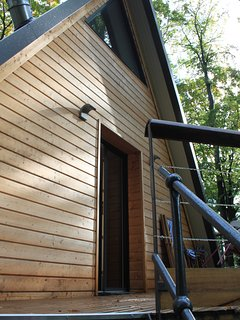 Porte d'accès privatif au logement