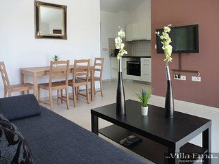 Villa Ema Apartments - Your vacation starts here!, Starigrad-Paklenica