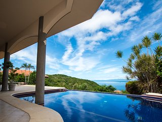 Casa Om - Heavenly View of the Pacific, Playa Hermosa