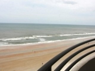 OCEANFRONT CONDO, GREAT AMENITIES, FREE WIFI - SAND DOLLAR, 10TH FL, Daytona Beach Shores