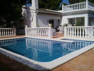 Chalet con piscina privda, L'Ametlla de Mar