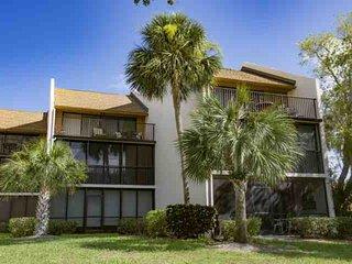 Siesta Key Condo w/Private Beach Access, Wifi Included,  Heated Pool, Tennis & B