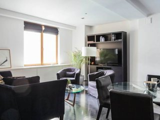 Soho luxury large one-bedroom, Perfectly located