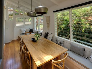 Classic Manly renovated 1920s 3 bedroom 2 bathroom beach retreat