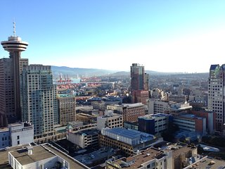 Downtown Vancouver PENTHOUSE Suite!