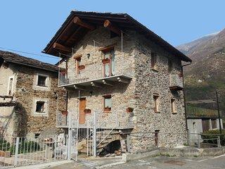 Tipica casetta in pietra Maison Bellevue, Perloz