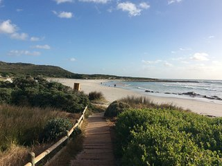 Beautiful three bedroom beach house in friendly community near Cape Point
