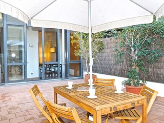 Gran Via Terrace apartment in Eixample Esquerra with WiFi, privéterras & lift., Barcelona