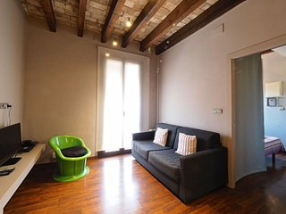 Suite Gracia apartment in Gracia with airconditioning & balkon.