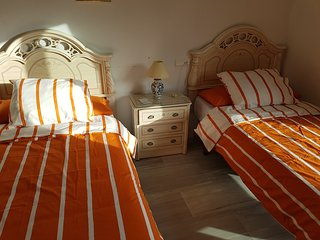 ROOM WITH TWO BEDS IN FIRST LINE ON THE BEACH ., Malaga