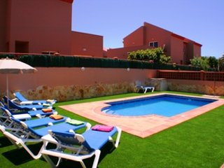 Stunning villa in central location, short walk to beaches, bars & shops. WIFI/TV