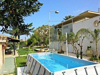 AL039 Villa 6/7 posti con piscina climatizzata con parcheggio