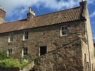 Thistle House, Falkland holiday cottage - 17th century cottage