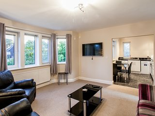 Luxurious and Spacious Two bedroom Apartment, Llandaff, Cardiff