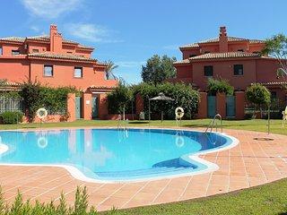 Casa con piscina cerca de la playa 15 personas en Vistahermosa Puerto Sherry