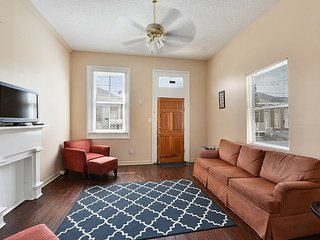 Spacious 2 Doubles 1 Mile from the French Quarter