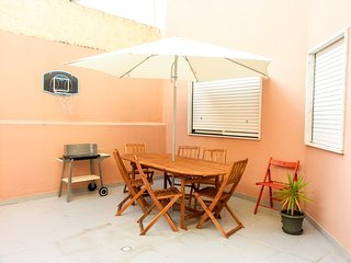 PALMIRA TERRACE MODERN APARTMENT WITH TERRACE AND BARBECUE