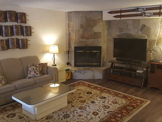 Heavenly Condo! Book Your Winter Getaway Today!, South Lake Tahoe