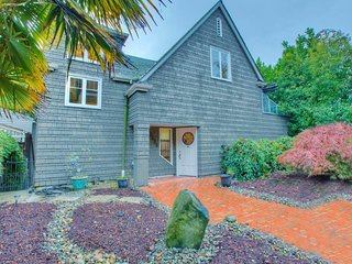 Beautiful home in the heart of the city., Seattle
