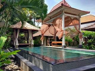 Villa Sakura~Family 2BR Pool Villa~10mnt Ubud Center