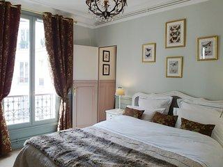 Louvre Elegant Suite