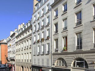 GRAND BOULEVARDS WITH ITS GORGEOUS ARCADES~BUSTLING WITH CAFES & PARISIAN CHARME, Paris