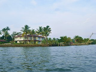 Water's Edge by Gateway Malabar A 6-bedroom villa, Maradu