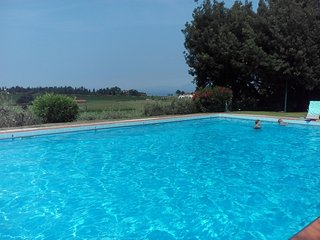 Appartamento in residence con piscina a Calmasino (Bardolino)