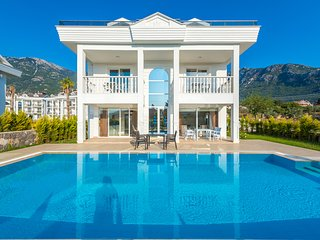 Hisar Park A Villa 4 Bedroom villa located in Hisaronu