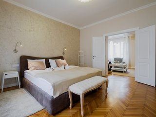 Downtown Urban apartment-130m2-4bedrooms-4bathroom, Belgrade