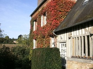 charming farmhouse in Normandy (Calvados), 5 bedrooms  up to 11 persons, Crouttes