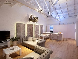 Enjoybcn Miro Apartments- Attic in the city centre. Pool&Private Terrace