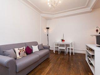 Appartement au calme et prés de parc des Buttes Chaumonts