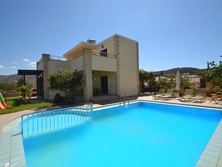Villa near Balos, Gramvoussa, Splendid Views, Next to the Beach & Tavern 1