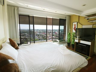Penthouse on topfloor in city, Chiang Mai