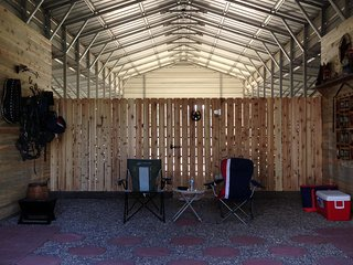 Horse Boarding, Trailers, Camping, Monticello