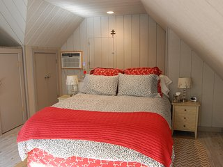 Private Carriage House close to Downtown, UVa, and the Mountains, Charlottesville
