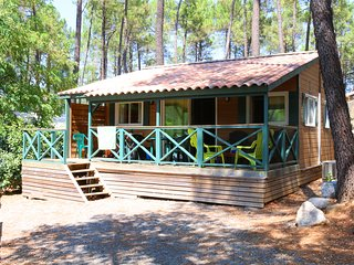 Cottage very well equipped 45 m2 in a 4-star camps, Joyeuse