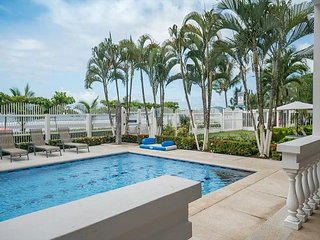 Ground level, 3 bed, 3 bath, direct access to the oceanfront pool & beach!