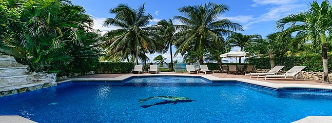 VILLA LAS UVAS- 5BR (7 BEDS) FOR 14 GUESTS, Cozumel