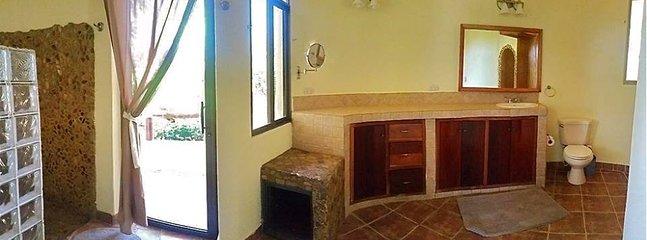 Insuite washroom to master bedroom.