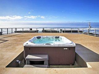 NEW! 5BR Rockaway Beach House w/ Rooftop Hot Tub!