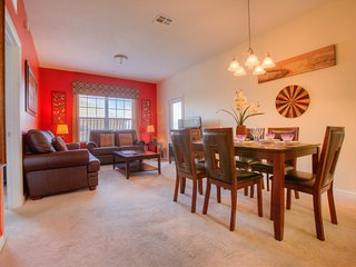 Chair,Furniture,Couch,Dining Room,Indoors