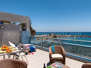 Beach front Apartment in MOGAN MB, Taurito