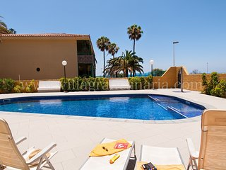 Beach front apartment in Playa de Las Burras CN